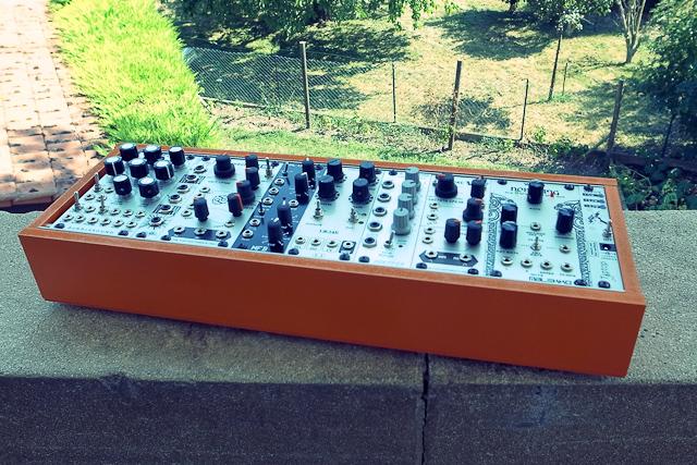 beautiful eurorack modulare case